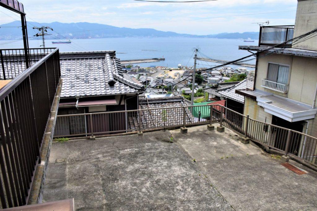 #08 海を見ながらバーベキューがしたくなる家